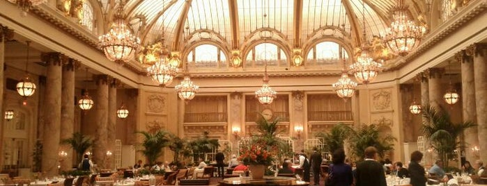 Palace Hotel is one of San Francisco Movie Map.