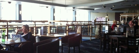 The Union Rooms (Wetherspoon) is one of Pubs - JD Wetherspoon 2.