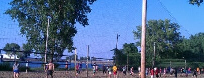 Whiskey Island Volleyball Courts is one of CLE.