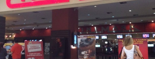 Cinemark is one of Tempat yang Disukai Milena.