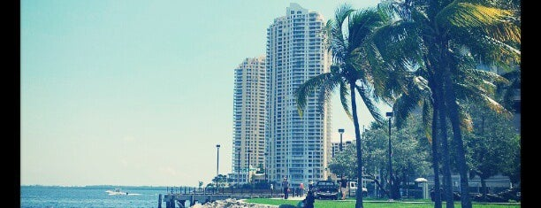 Bayfront Park is one of Miami Trip.