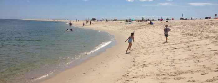 Chatham Lighthouse Beach is one of A Weekend Away in Cape Cod.