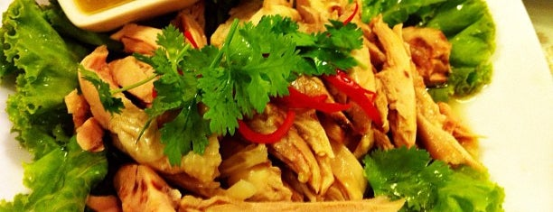 Lee Café is one of Pravit'in Beğendiği Mekanlar.