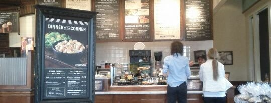 Corner Bakery Cafe is one of Tempat yang Disukai KATIE.