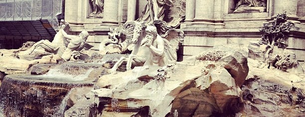 Trevi-fontein is one of Hopefully, I'll visit these places one day....