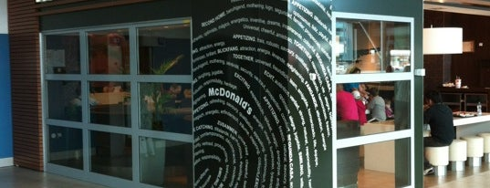 McDonald's is one of Posti che sono piaciuti a Oleksandr.