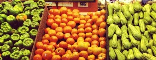 Supermercado Rey is one of Orte, die Layjoas gefallen.