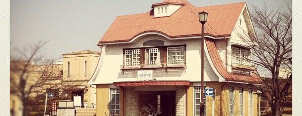 田園調布駅 is one of woodcliffさんの保存済みスポット.