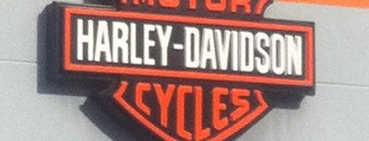 Harley Davidson Hamburg Nord GmbH is one of Locais curtidos por Nelson.