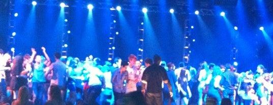 Fix Nightclub is one of Posti che sono piaciuti a Chara.