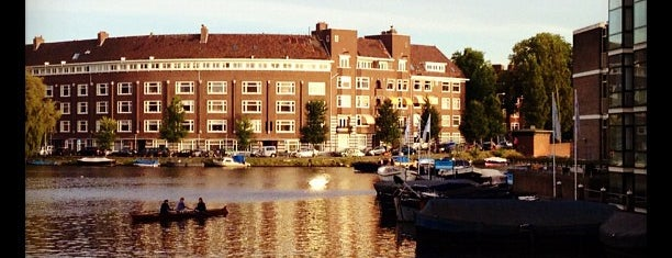 Apollo Hotel Amsterdam is one of Begum 님이 좋아한 장소.