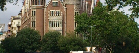 Casa Terrades (Casa de les Punxes) is one of Museus de Barcelona.