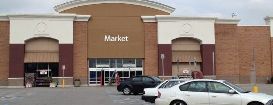 Walmart Supercenter is one of Ashley 님이 좋아한 장소.