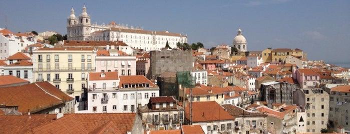 Miradouro de Santa Luzia is one of 101 coisas para fazer em Lisboa antes de morrer.
