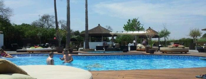 Wakaya Lounge is one of Gespeicherte Orte von Clara.
