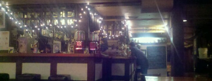College Inn Pub is one of Seattle Happy Hours.