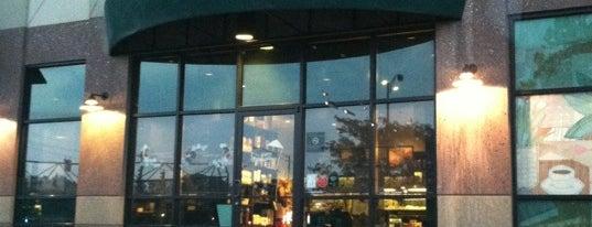 Starbucks is one of Jennifer : понравившиеся места.