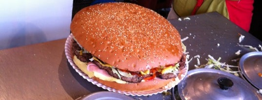 Hamburguesas El Rodeo is one of Lugares guardados de Aline.