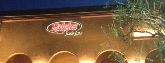 Ralphs Fresh Fare is one of Lieux qui ont plu à Martin D..