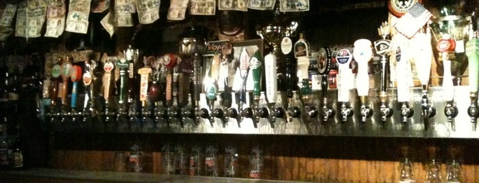 Lynch's Irish Pub is one of Easy Hook-Ups.