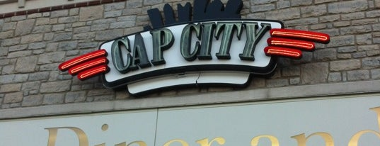 Cap City Fine Diner is one of Lugares guardados de Jesse.