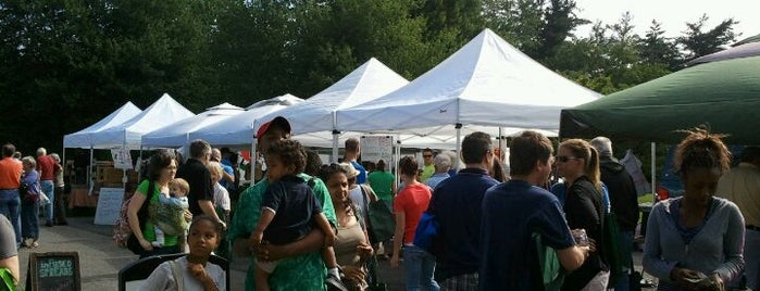 Montgomery Village Farmers Market is one of outdoor market.