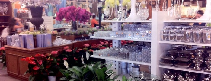 Wholesale Flowers is one of San Diego.