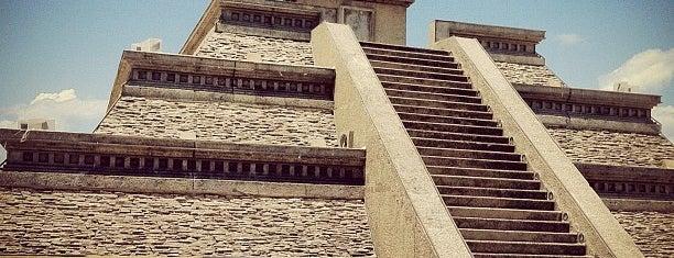 Pirámide de QUETZALCÓATL is one of Lugares favoritos de Changui.