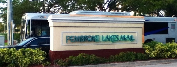 Pembroke Lakes Mall is one of Locais curtidos por M..