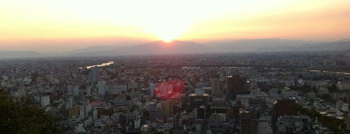 金華山ドライブウェイ展望台 is one of 日本夜景遺産.