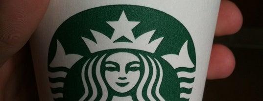 Starbucks is one of Tempat yang Disukai Maciek.