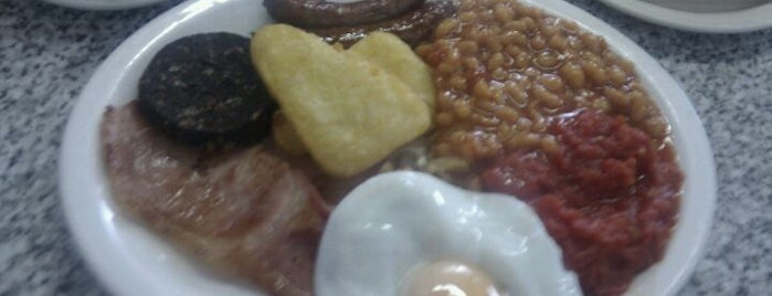 Metro Cafe is one of Veggie Breakfast Manchester.