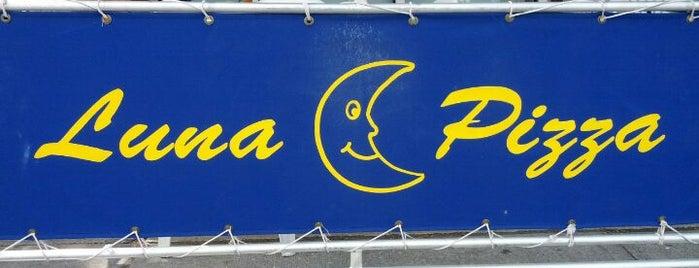 Luna Pizzeria is one of Locais curtidos por Montana.