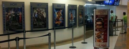 Cine Colombia Multiplex Unicali is one of Locais curtidos por Lulu.