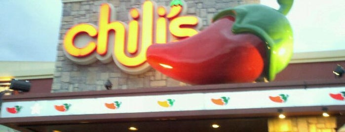 Chili's Grill & Bar is one of Lieux qui ont plu à Irlys.