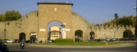Porta Romana is one of Firenze (Florence).