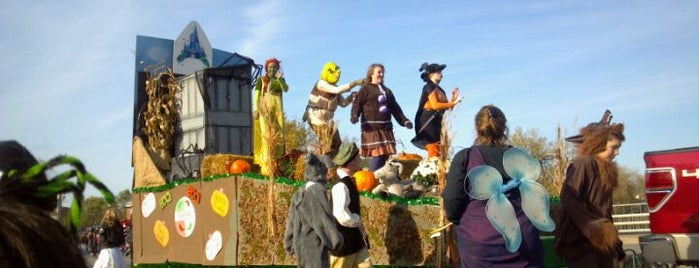 Anoka Grand Day Halloween Parade is one of MN Events.