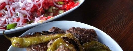 Kuşbahçe Uğrak Et Lokantası is one of Istanbul |Food|.