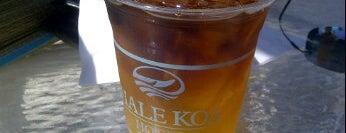 Barefoot Bar is one of Honolulu: The Big Pineapple #4sqCities.