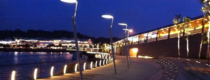 Sentosa Boardwalk is one of Guide to Singapore's best spots.