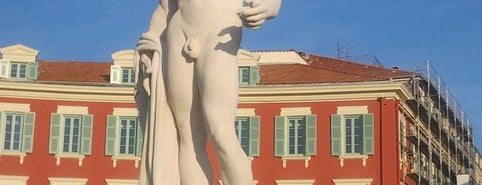 Place Masséna is one of TO DO~TO DO....
