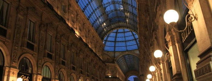 Galleria Vittorio Emanuele II is one of Milano.