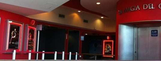 Cinemex is one of Tempat yang Disukai Carlos.