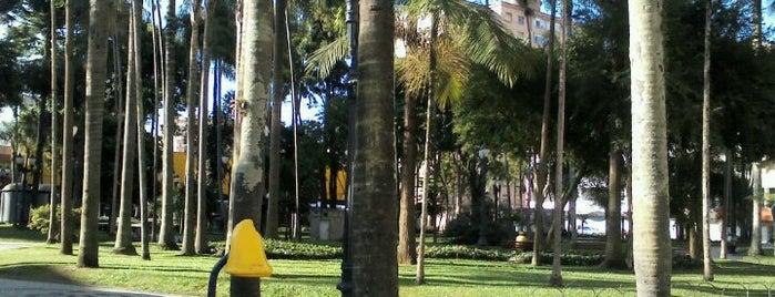 Praça Carlos Gomes is one of Praças de Curitiba.