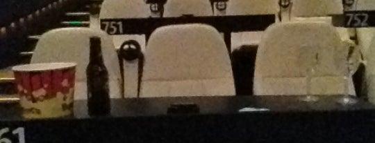 Star Cinema Grill is one of Gaston 님이 좋아한 장소.