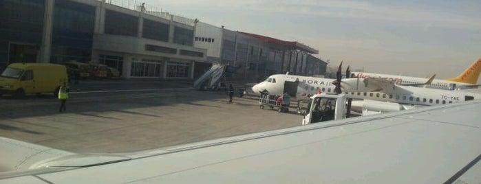 Kayseri Havalimanı (ASR) is one of Türkiye'deki Havalimanları.