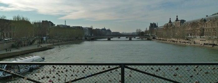 Pont des Arts is one of Paris.