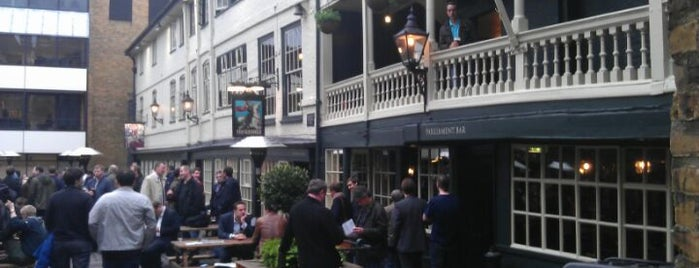 George Inn is one of Tired of London, Tired of Life (Jan-Jun).