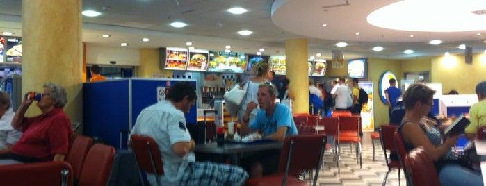 Burger King is one of Lieux sauvegardés par N..
