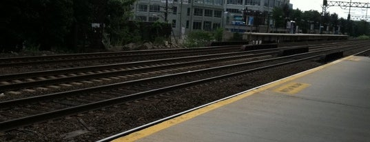Metro North - East Norwalk Train Station is one of New Haven Line & Northeast Corridor (Metro-North).